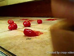Wooden Sandsal Clogs crush tomatoes